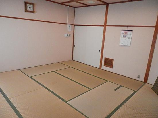 2階 休養室3