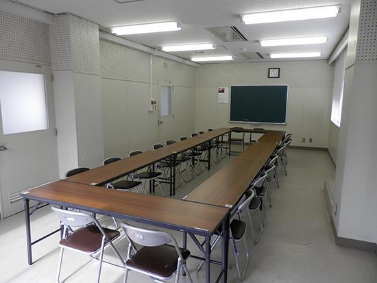 学習室1・視聴覚室